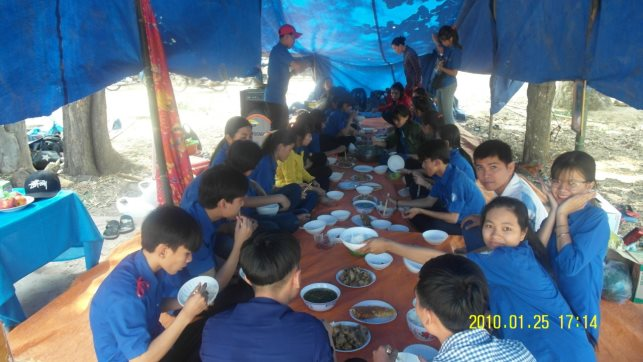 C:\Users\Quoc\Documents\New folder\hinh anh  trai\Zalo\IMG_1518411090881_1518773577909.jpg