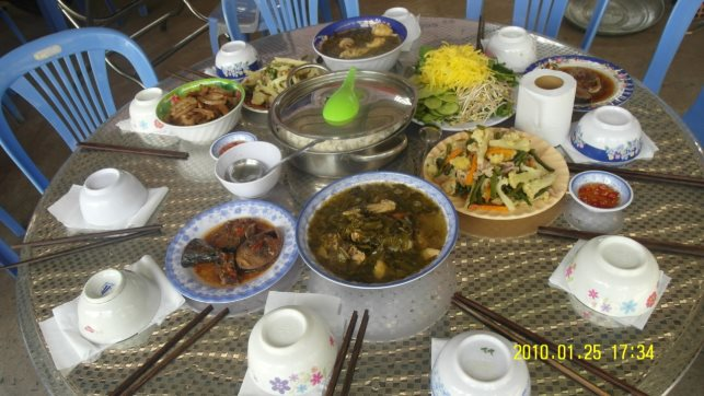 C:\Users\Quoc\Documents\New folder\hinh anh  trai\Zalo\IMG_1518411088833_1518773576291.jpg